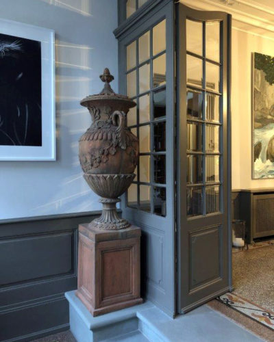 Historical_townhouse_switzerland_tattersall_interiors Entrance